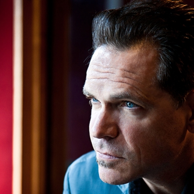 A_KurtElling-Photo_by_Anna_Webber3123 resize.jpg