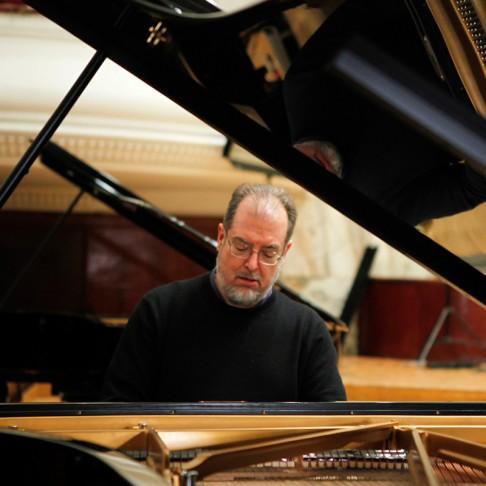 Brahms Quintet Main