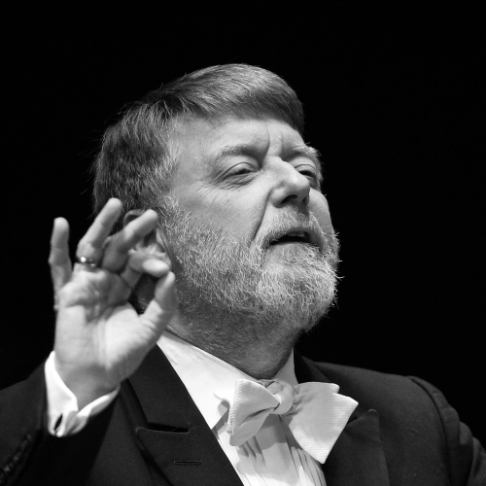 Sir Andrew Davis conducts Mahler 5