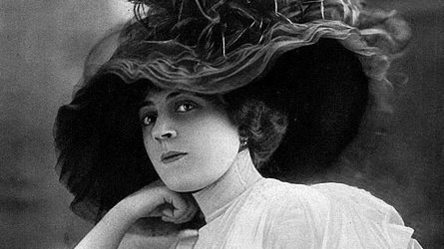 Ida Rubinstein (1912).jpg